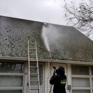 windows and gutter cleaning services in Long Island
